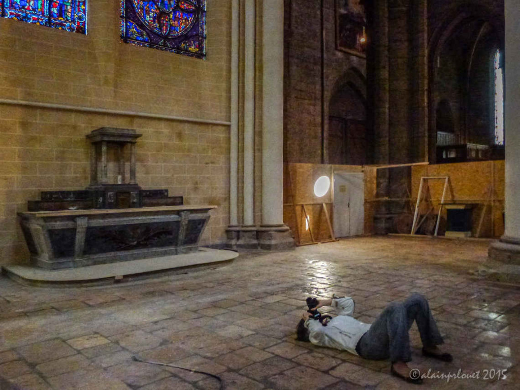 Photographing the ceiling of the choir ambulatory